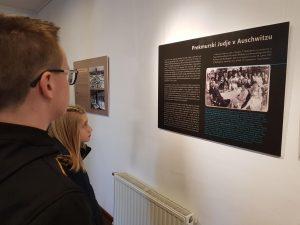 Holokavst – zgodovinska učna ura v sinagogi